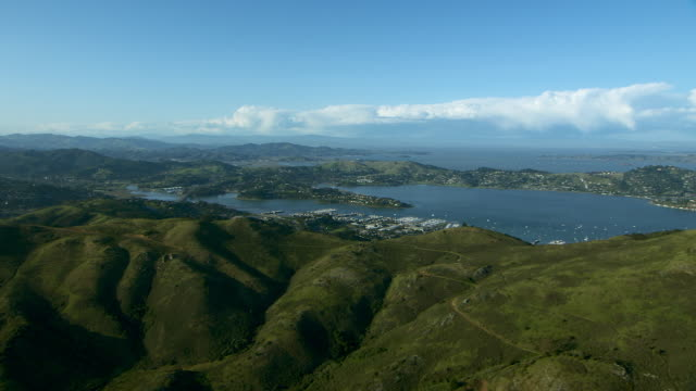 richardson bay in marin county ca - bay of water stock-videos und b-roll-filmmaterial