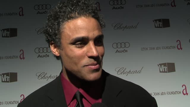 rick fox on keeping warm, on watching the awards at the in style party, and on joaquin phoenix and terrence howard at the 14th annual elton john aids... - terrence howard stock videos & royalty-free footage