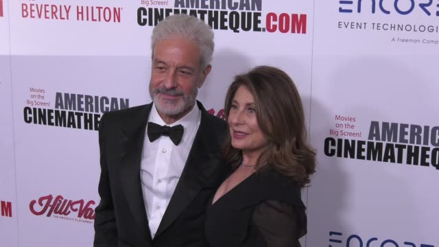 vídeos de stock e filmes b-roll de rick nicita and paula wagner at the 31st annual american cinematheque awards honoring amy adams at the beverly hilton hotel on november 10 2017 in... - cinemateca americana