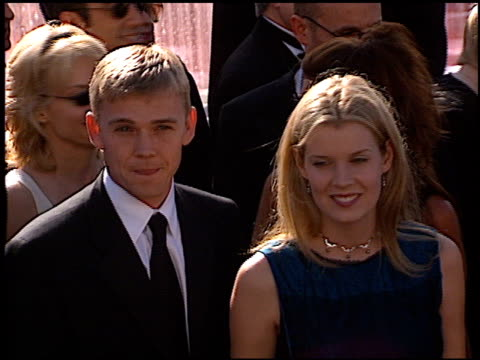 rick schroder at the 1999 emmy awards at the shrine auditorium in los angeles, california on september 12, 1999. - リック シュローダー点の映像素材/bロール