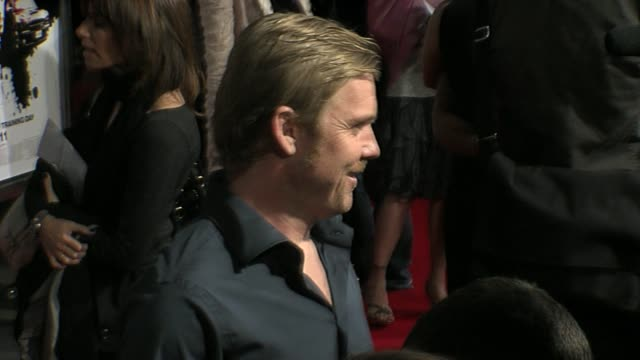 rick schroder at the 'street kings' premiere on april 3, 2008. - リック シュローダー点の映像素材/bロール