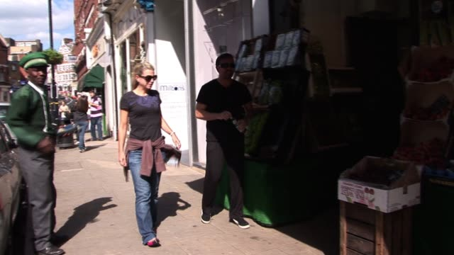 ricky gervais & jane fallon out shopping for fruit and vegetables in their local village. celebrity sightings in london on august 31, 2010 in london,... - ricky gervais stock videos & royalty-free footage