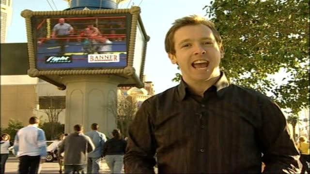 vídeos y material grabado en eventos de stock de ricky hatton championship bout preview usa las vegas paris hotel ext reporter to camera to - paris las vegas