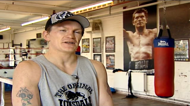 scientific analysis of his left hook before world championship fight ricky hatton interview sot on likelihood that he and opponent jose luis castillo... - world championship stock videos & royalty-free footage