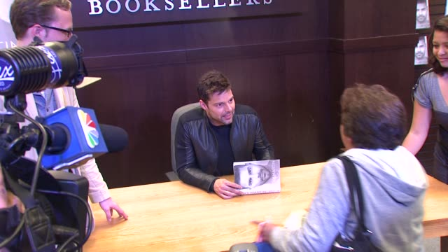 ricky martin at the ricky martin signs copies of his new book 'me' at los angeles ca - ricky martin stock videos and b-roll footage