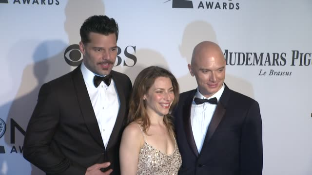 ricky martin elena roger and michael cerveris at 66th annual tony awards red carpet at the beacon theatre on june 10 2012 in new york new york - michael cerveris stock videos and b-roll footage