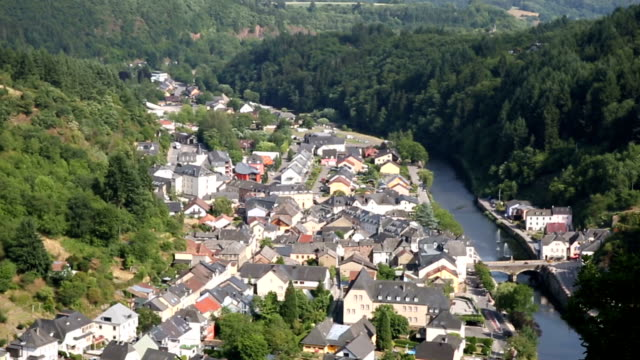 riding cable car gondola lift with vianden cityscape luxembourg benelux - luxembourg benelux stock videos & royalty-free footage
