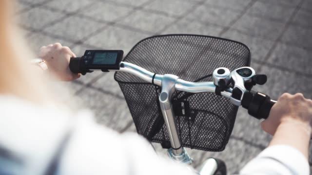 vidéos et rushes de vélo électrique - composant électrique