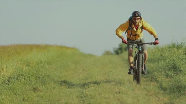 Vélo VTT: slow motion vidéo
