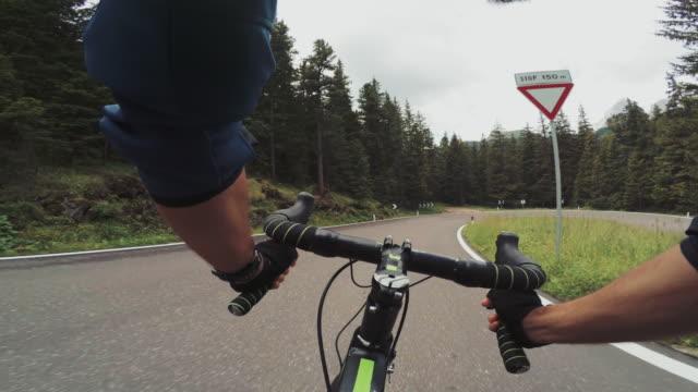 POV riding: road bicycle training on mountain pass