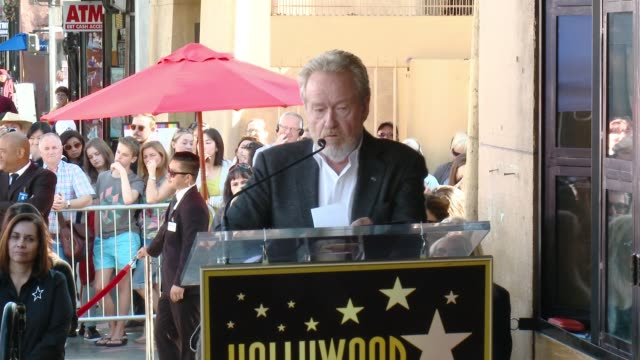 ridley scott at director ridley scott honored with star on the hollywood walk of fame at hollywood walk of fame on november 05, 2015 in hollywood,... - リドリー・スコット点の映像素材/bロール
