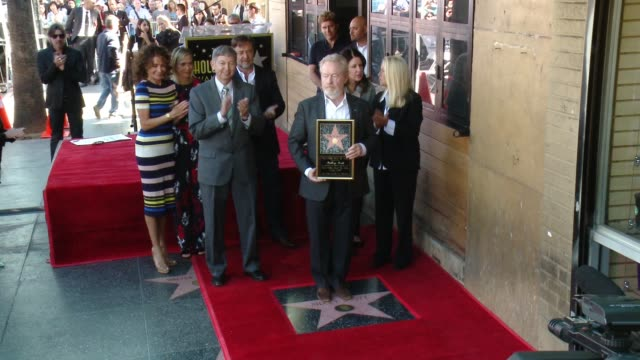 ridley scott giannina facio russell crowe and kristen wiig at hollywood walk of fame on november 05 2015 in hollywood california - russell crowe stock videos & royalty-free footage