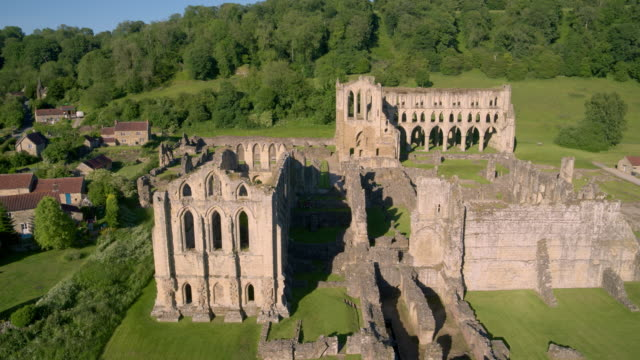 rievaulx abbey ruins & buildings, rievaulx, north yorkshire, england - abbey stock videos & royalty-free footage