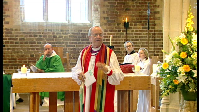 right reverend justin welby appointed as next archbishop of canterbury lib st mary's church int right reverend gene robinson preaching as heckler... - カンタベリー大主教点の映像素材/bロール