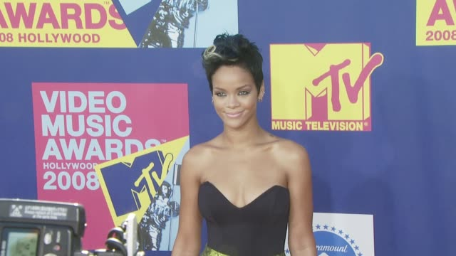 Rihanna at the 2008 MTV Video Music Awards at Los Angeles CA