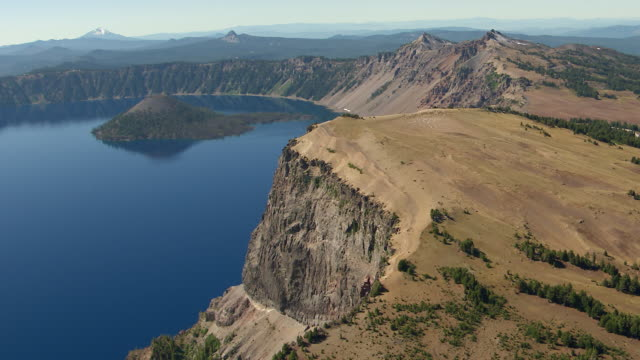 MS AERIAL Rim of crater at Crater Lake / Oregon, United States