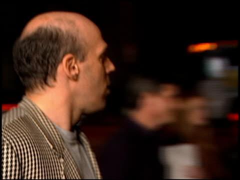 vídeos y material grabado en eventos de stock de ringmaster with jerry springer premiere at the 'ringmaster' premiere with jerry springer at the cinerama dome at arclight cinemas in hollywood,... - arclight cinemas hollywood