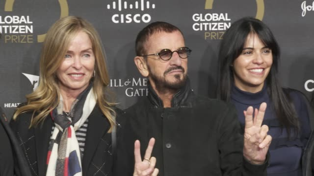 ringo starr and barbara bach at global citizen prize at royal albert hall on december 13, 2019 in london, england. - royal albert hall点の映像素材/bロール