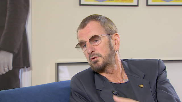 vídeos de stock, filmes e b-roll de ringo starr on the beatles saying 'i have great memories of those times we made great musicso i am really proud of the music we made' - 2013