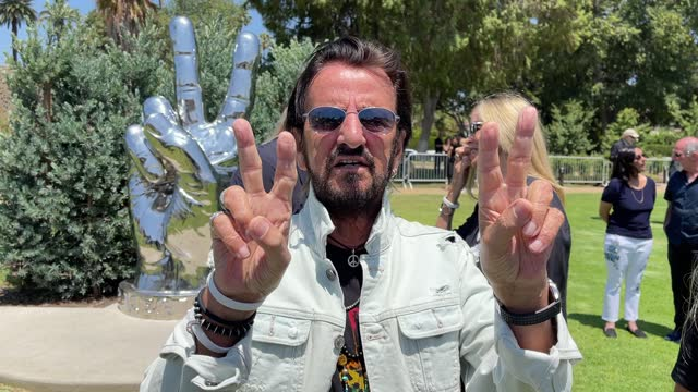 ringo starr visits his 'peace and love' sculpture to celebrate his 81st birthday on july 07, 2021 in beverly hills, california. - beverly hills california stock videos & royalty-free footage