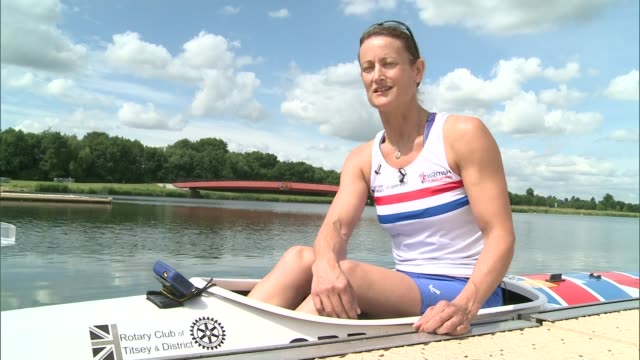 rio 2016 paralympic games: women selected for team gb canoeing; anne dickins interview sot int various shots chippington and dickins training in gym... - 小型船舶点の映像素材/bロール