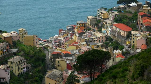 riomaggiore, italian riviera, cinque terre, liguria - cinque terre stock videos and b-roll footage