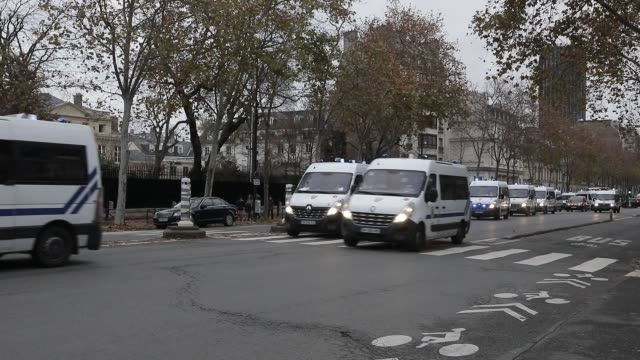 vidéos et rushes de riot police cars passing during a demonstration against unemployment and precariousness at the call of several unions including the cgt in paris on... - isore vincent