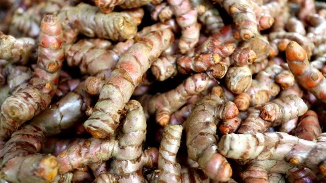 Ripe Organic Raw Turmeric