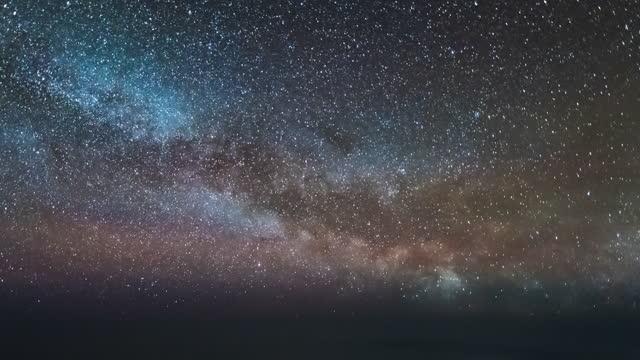 vidéos et rushes de montée de la voie lactérire avion pov time lapse - astronomie