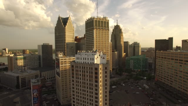rising downtown detroit aerial - detroit michigan stock videos & royalty-free footage