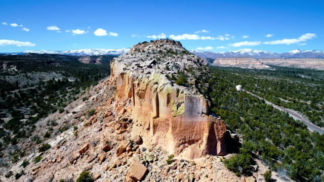 rising up above cliffs of new mexico canyons desert southwest - santa fe new mexico stock videos & royalty-free footage