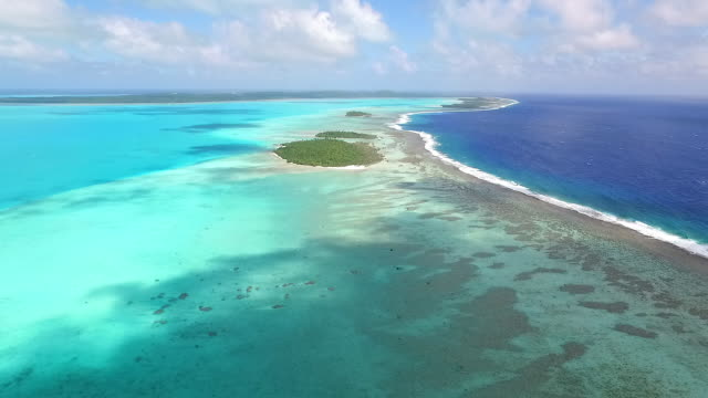 Rising view over Pacific Island reef