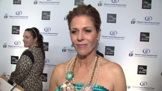 rita wilson on being a part of the night the work that eif's women's cancer research fund does gwyneth paltrow courteney coxarquette's dedication to... - gwyneth paltrow stock videos and b-roll footage