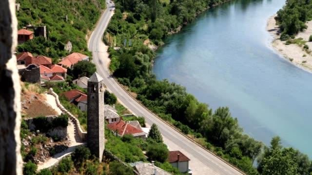 river and mosque (slide) - 波斯尼亞 赫塞哥維納 個影片檔及 b 捲影像