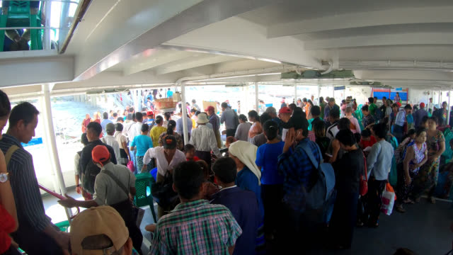 river cross ferry passengers disembark - ferry terminal stock videos & royalty-free footage