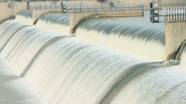 ls river flowing over flooded dam/xian,shaanxi,china - dam stock videos & royalty-free footage