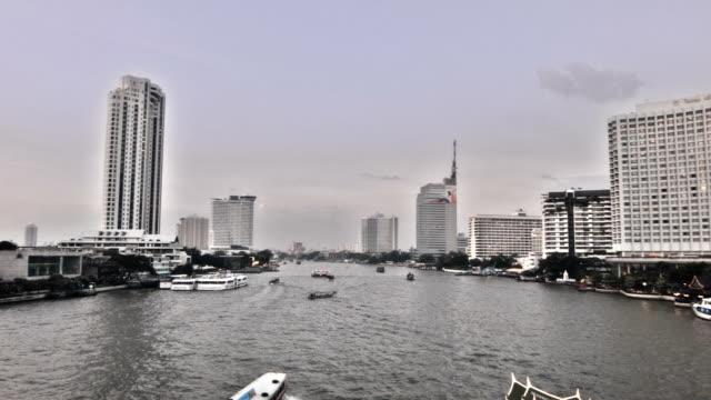 バンコクで川 - 金融関係施設点の映像素材/bロール