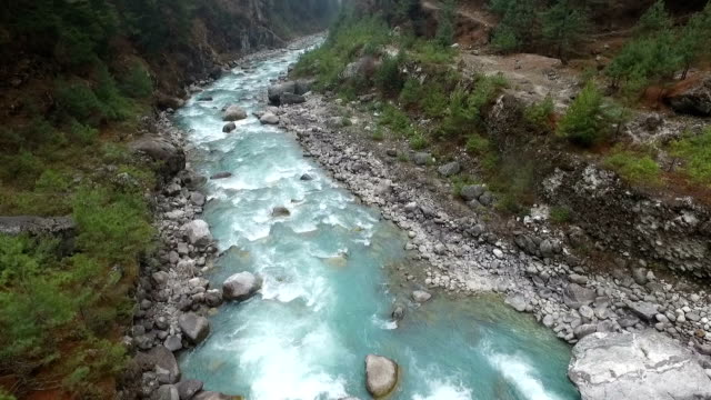 river in nepal - mt everest national park stock videos and b-roll footage