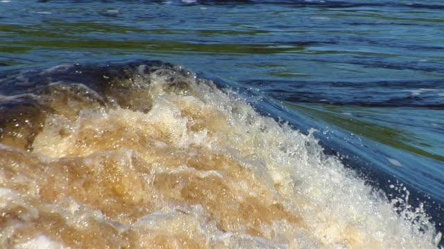 stockvideo's en b-roll-footage met slo mo cu river negro rapids / sao gabriel da cachoeira, amazonas, brazil - color negro