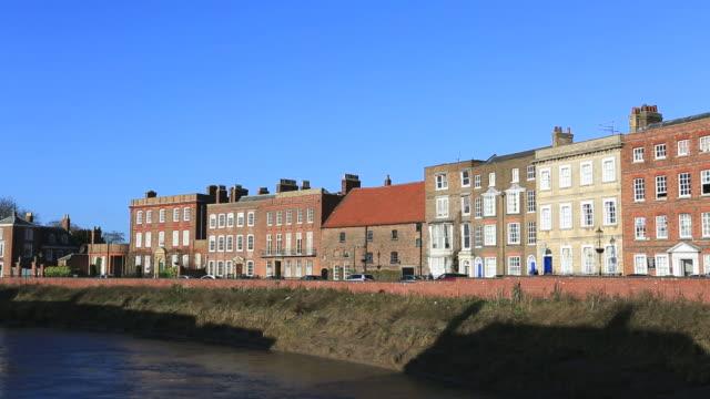 river nene and architecture along the north brink, wisbech - ジョージア調点の映像素材/bロール