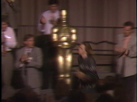 river phoenix at the academy awards luncheon 1989 at beverly hilton. - リバー フェニックス点の映像素材/bロール