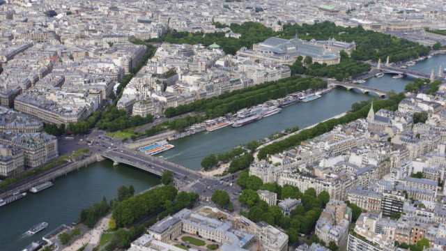 river seine from above - river seine stock videos & royalty-free footage