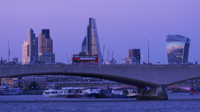 river thames evening.4k. - river thames stock videos & royalty-free footage