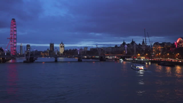 River Thames Westminster and South Bank Time Lapse
