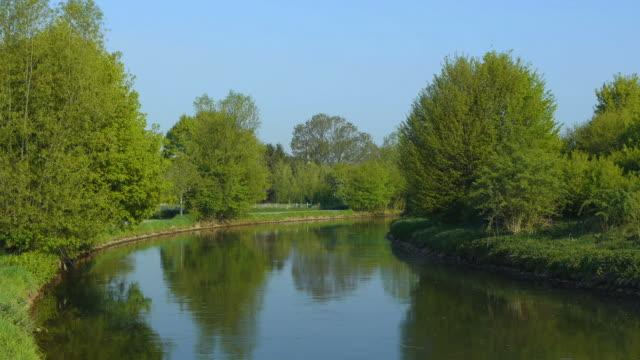 crane down: river - crane shot stock videos & royalty-free footage