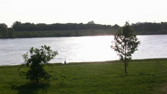 HD: river