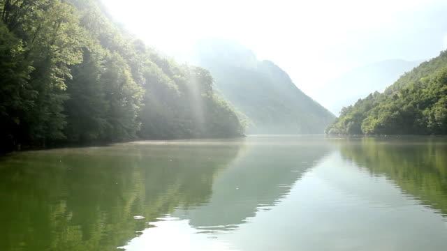 River (HD)