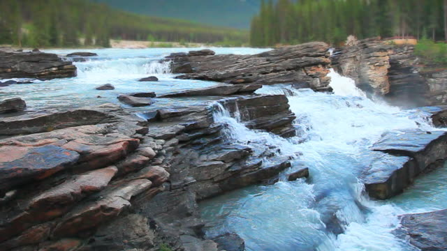 river waterfalls in jasper national park - athabasca falls stock videos and b-roll footage