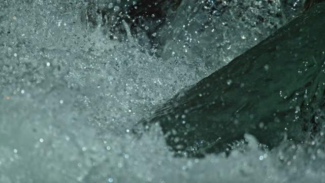 river white water slow motion close up - 河川点の映像素材/bロール