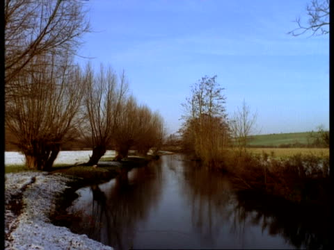 t/l river windrush in snow, december, lapse time - windrush river stock videos and b-roll footage